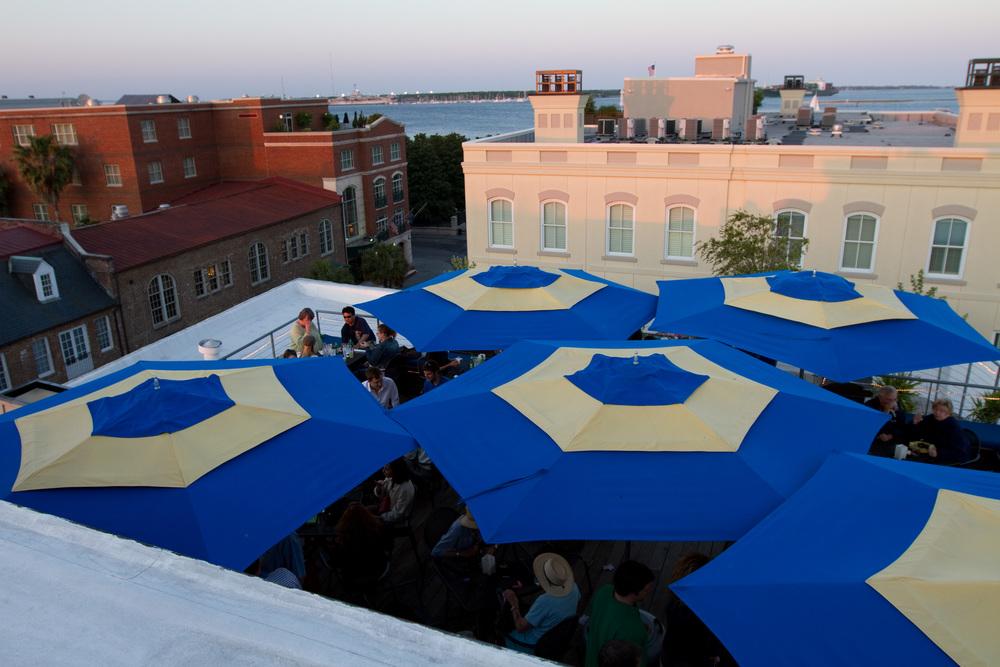 Rooftop_DeckBar.jpg