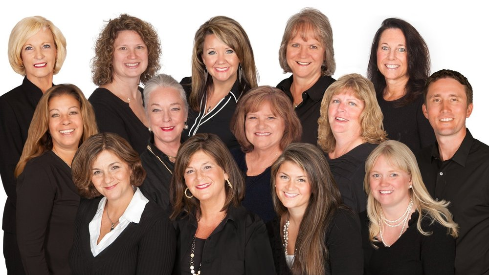 The Debbie Reed Team - THE RE/MAX COLLECTION
