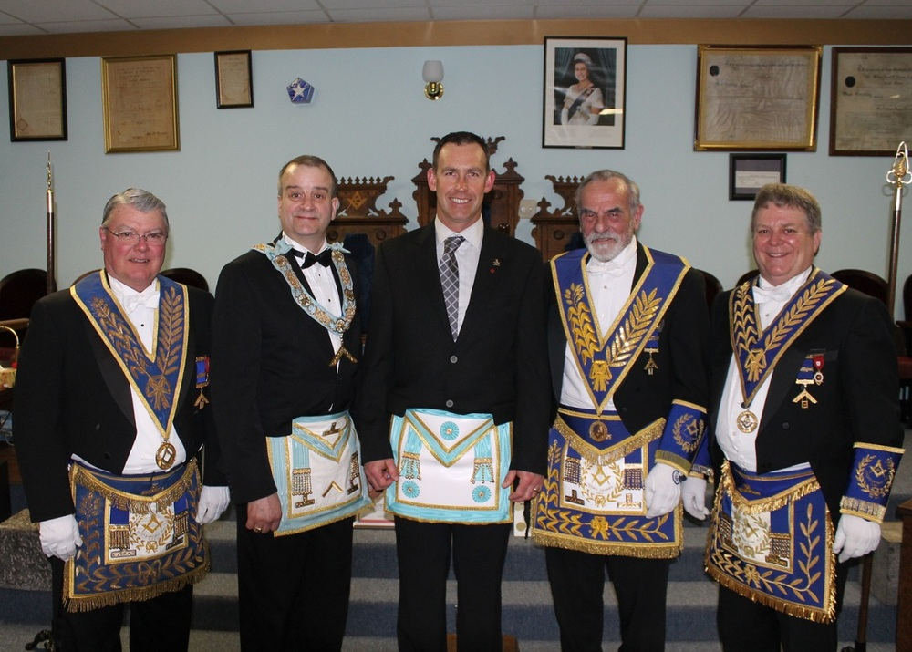 Visit from DDGM & Grand Lodge 2.jpg