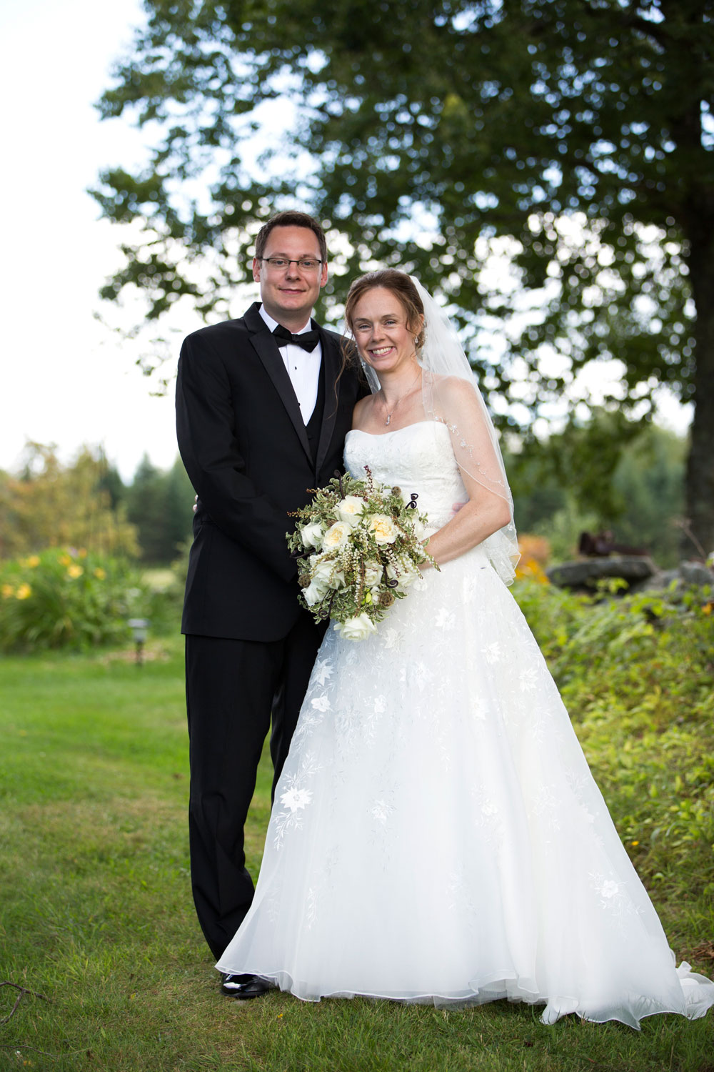 web_Sarah-Brian-8-22-15-Bride-Groom-0018.jpg