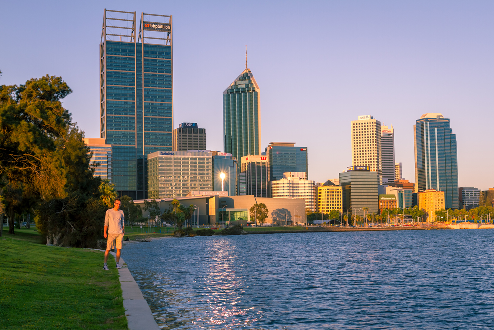 35 mm-20151125-184007-Perth Walkaround Art Selfie.jpg