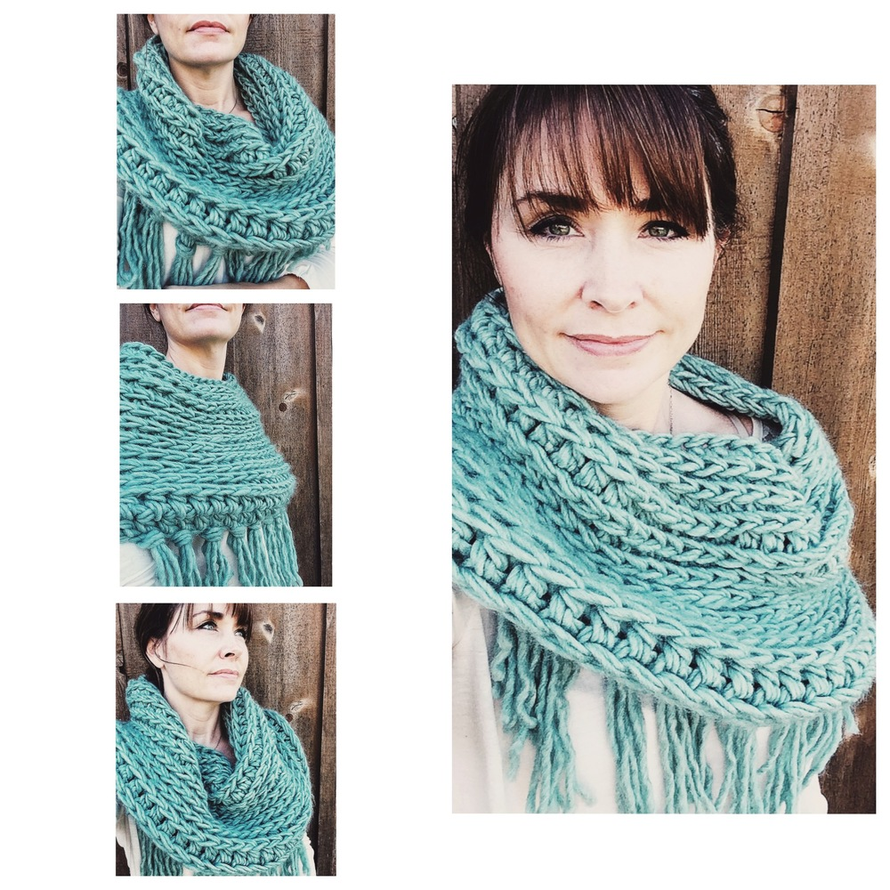 Super Chunky Fringe Scarf in Low Tide