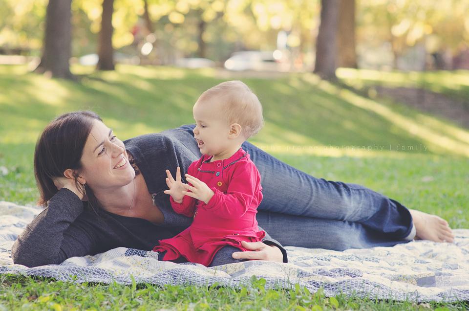 family baby girl lgbt photographe
