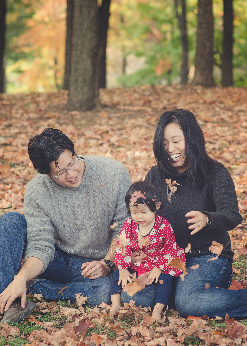 family fall photos at mount royal park