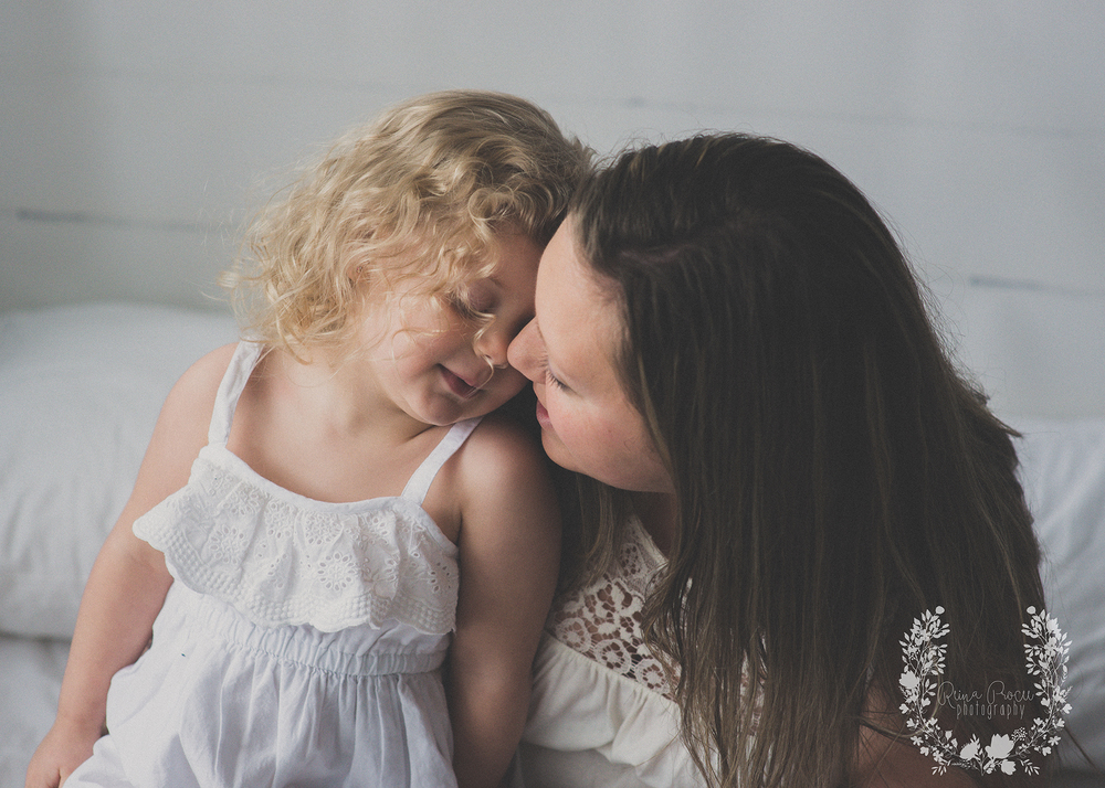 mother-child-love-family-portraits-montreal-photographer10.png