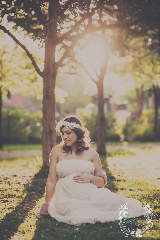 maternity-newborn-montreal-photos-fine-art-photographer-16.png