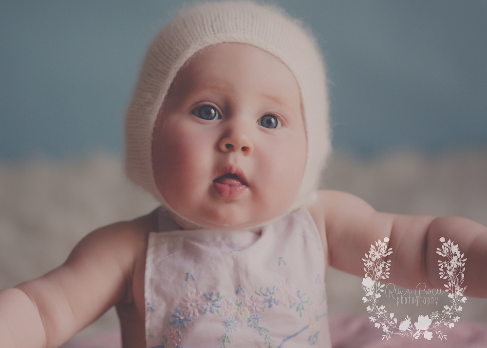 montreal-baby-pictures-sunset-6-months-beautiful-girl-02.png