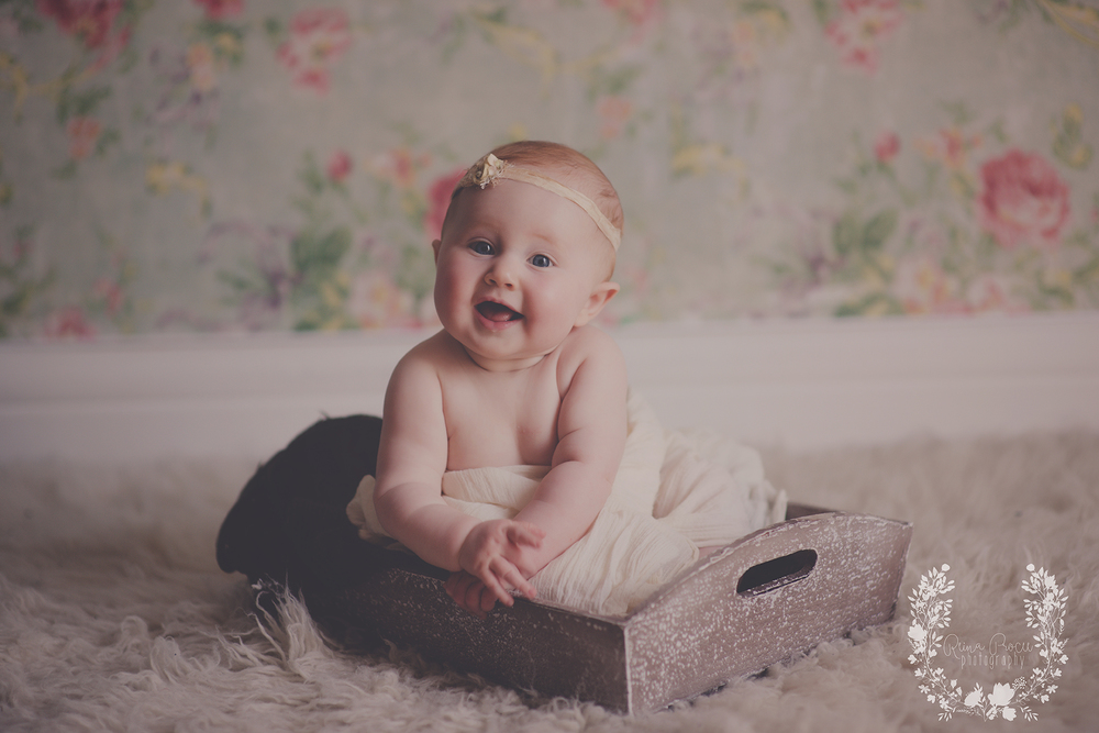 montreal-baby-pictures-sunset-6-months-beautiful-girl-11.png