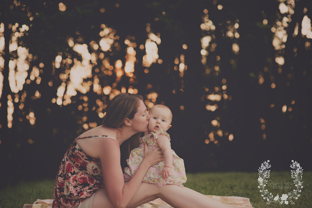 montreal-baby-pictures-sunset-6-months-beautiful-girl-24.png