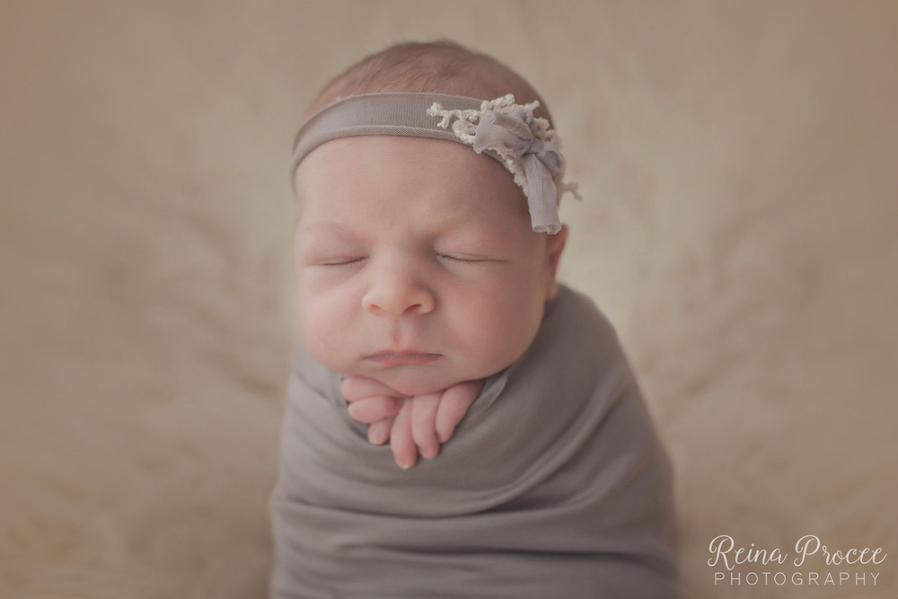 037-montreal-newborn-photographer-beautiful-baby-photos.jpg