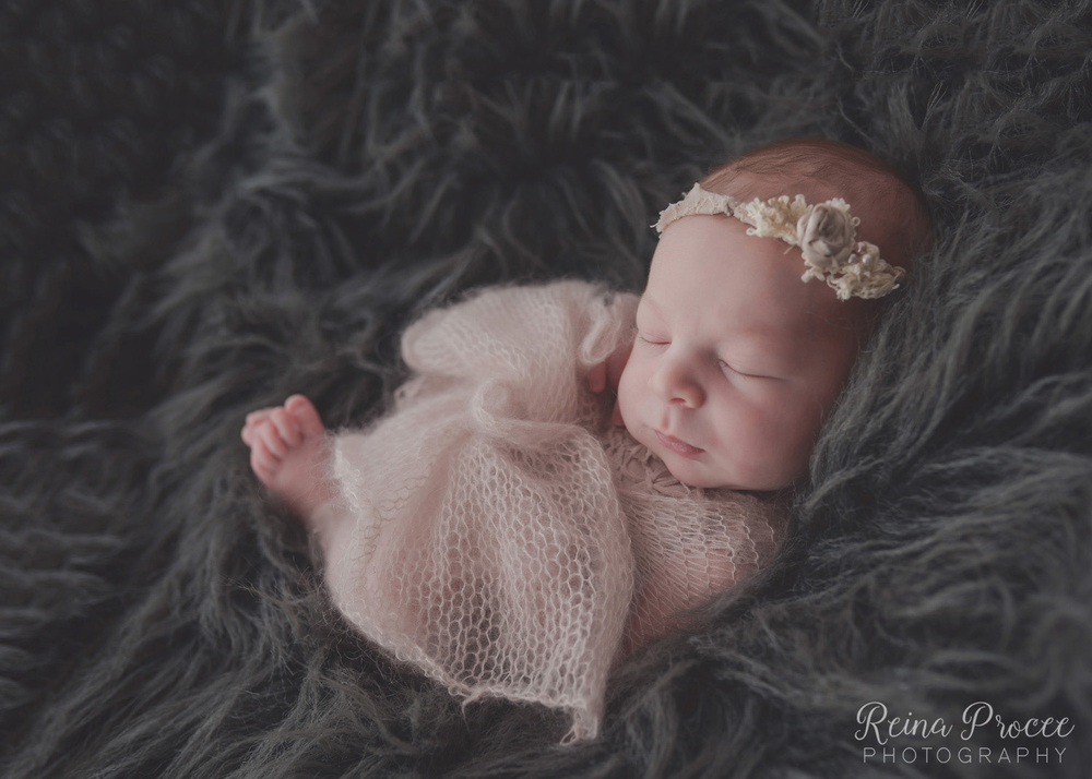 040-montreal-newborn-photographer-beautiful-baby-photos.jpg