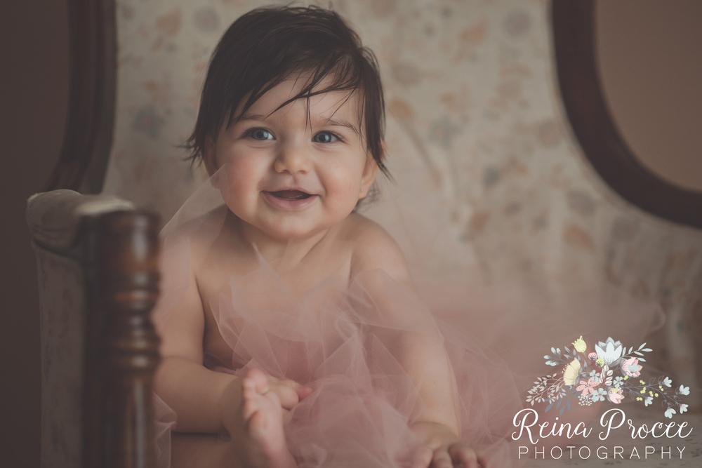 6-montreal-baby-photographer-beautiful-infant-photos-milestones.jpg