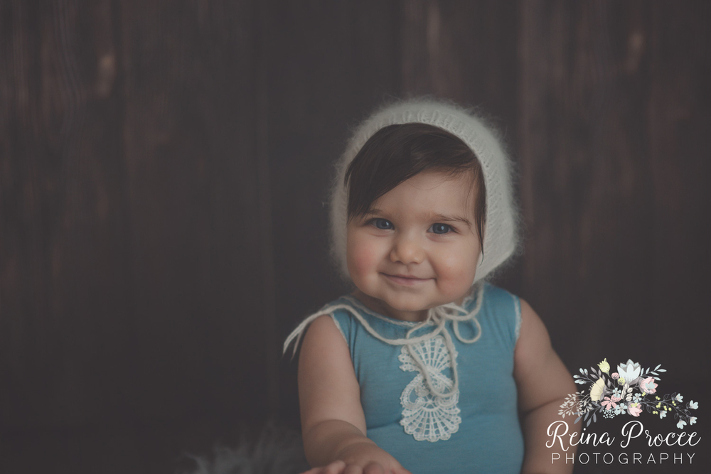 11-montreal-baby-photographer-beautiful-infant-photos-milestones.jpg