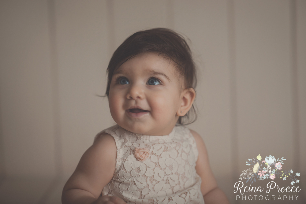 12-montreal-baby-photographer-beautiful-infant-photos-milestones.jpg