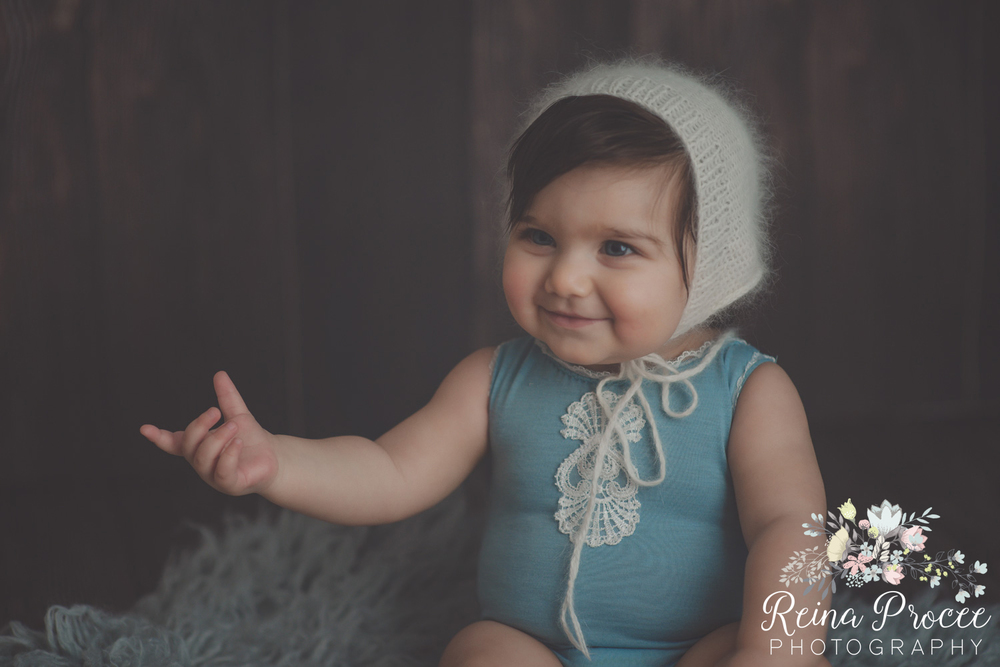 14-montreal-baby-photographer-beautiful-infant-photos-milestones.jpg