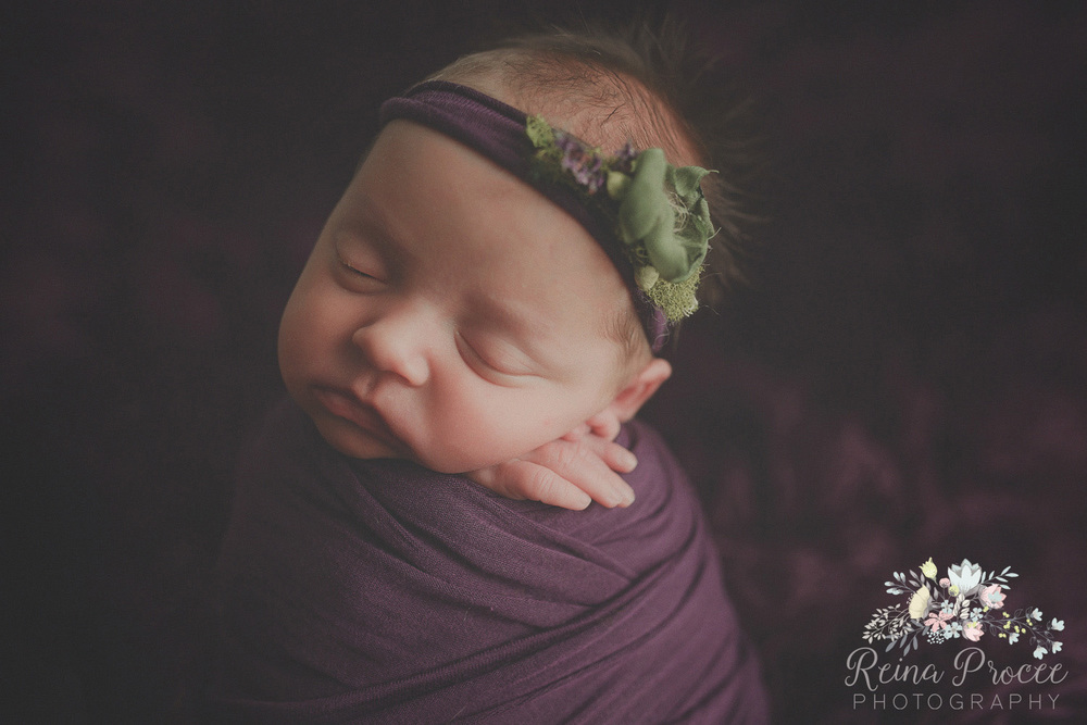 049-montreal-newborn-photographer-beautiful-baby-photos.jpg