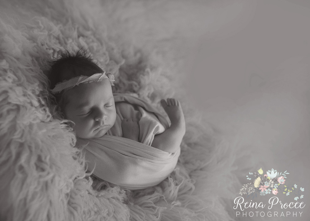 051-montreal-newborn-photographer-beautiful-baby-photos.jpg