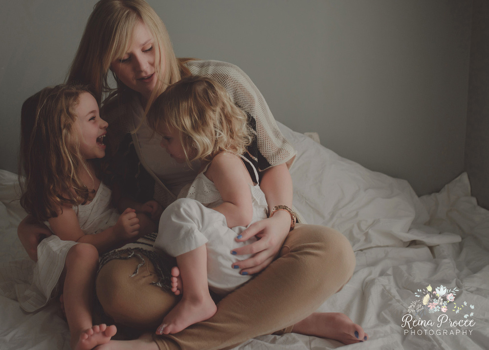 004-mama-love-photographer-montreal-family-best-photos-portraits.jpg