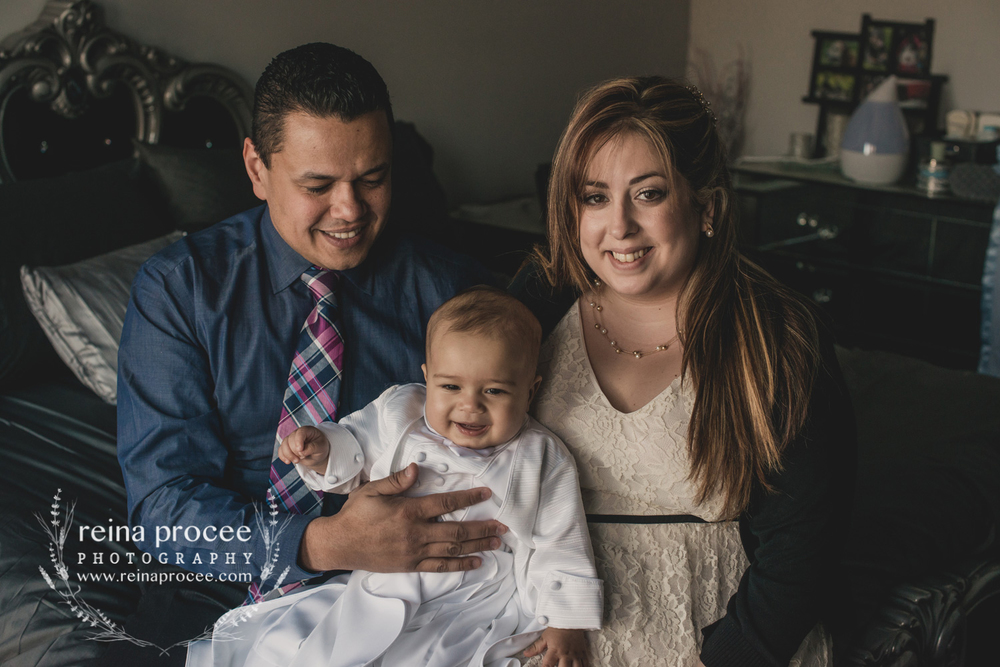 024-baptism-photographer-montreal-family-best-photos-portraits.jpg
