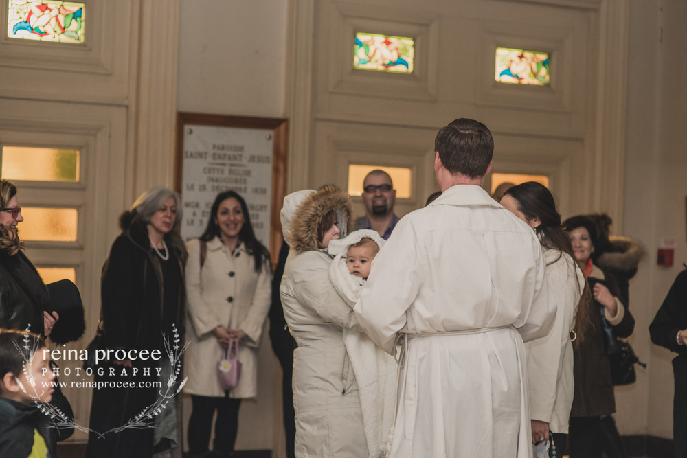 025-baptism-photographer-montreal-family-best-photos-portraits.jpg