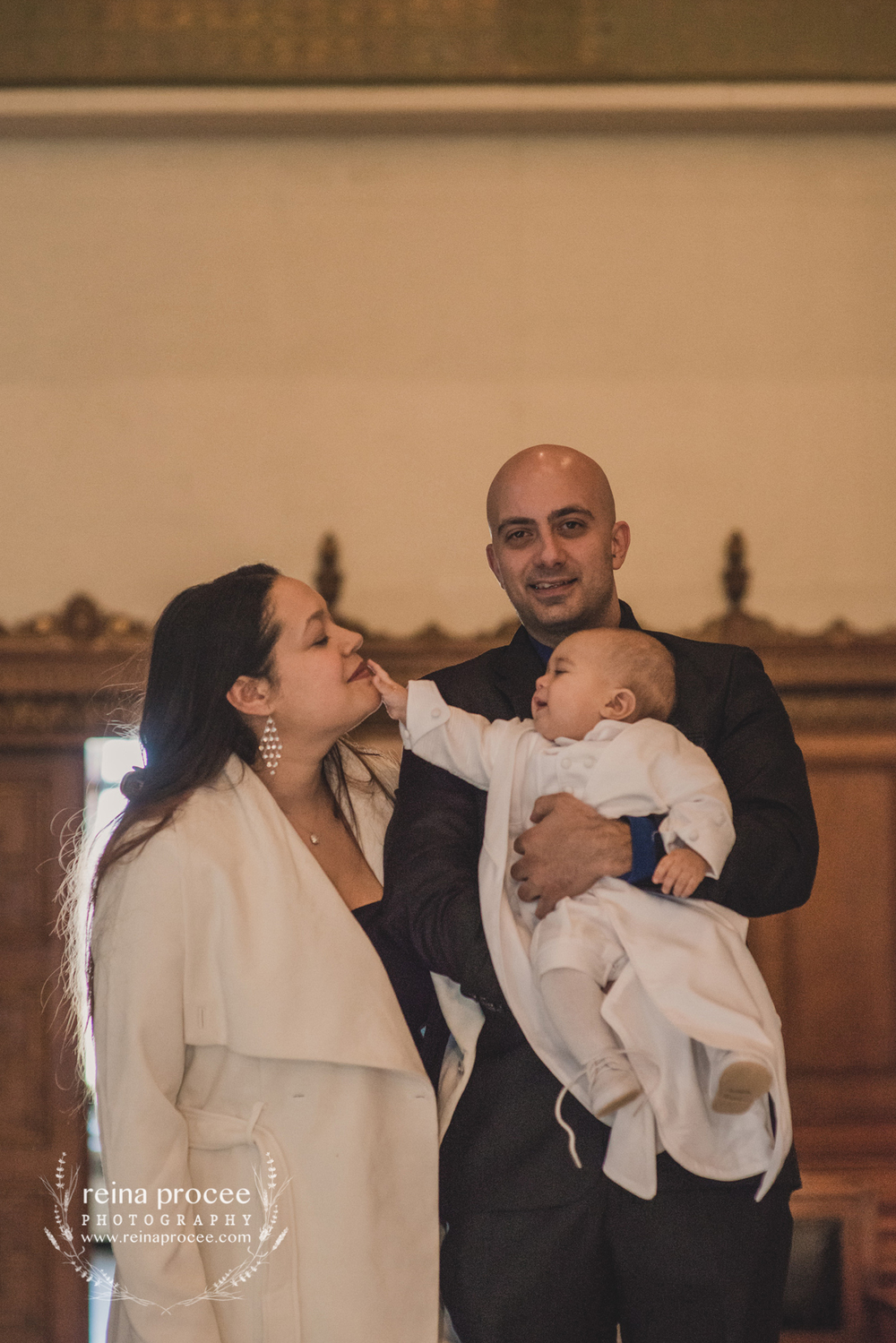 054-baptism-photographer-montreal-family-best-photos-portraits.jpg