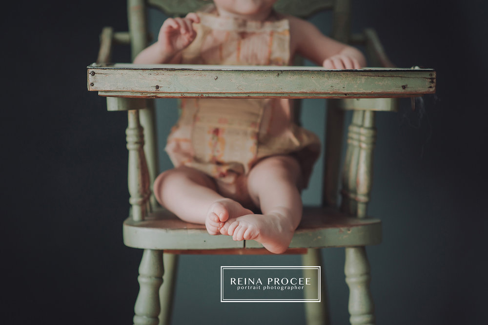 $100 SIGN UP  - WAIVED WITH NEWBORN SESSION | $450 PER MILESTONES SESSION