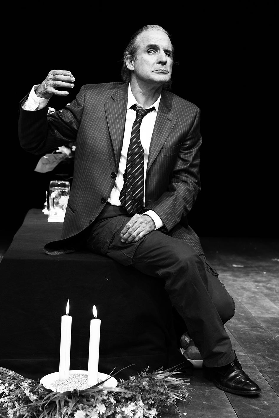 Solo gli ingenui muoiono d'amore . regia di César Brie. 2014