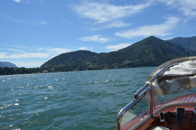 varenna taxi boat