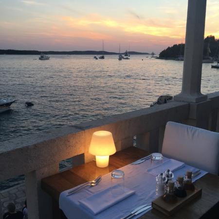 divino restaurant hvar croatia
