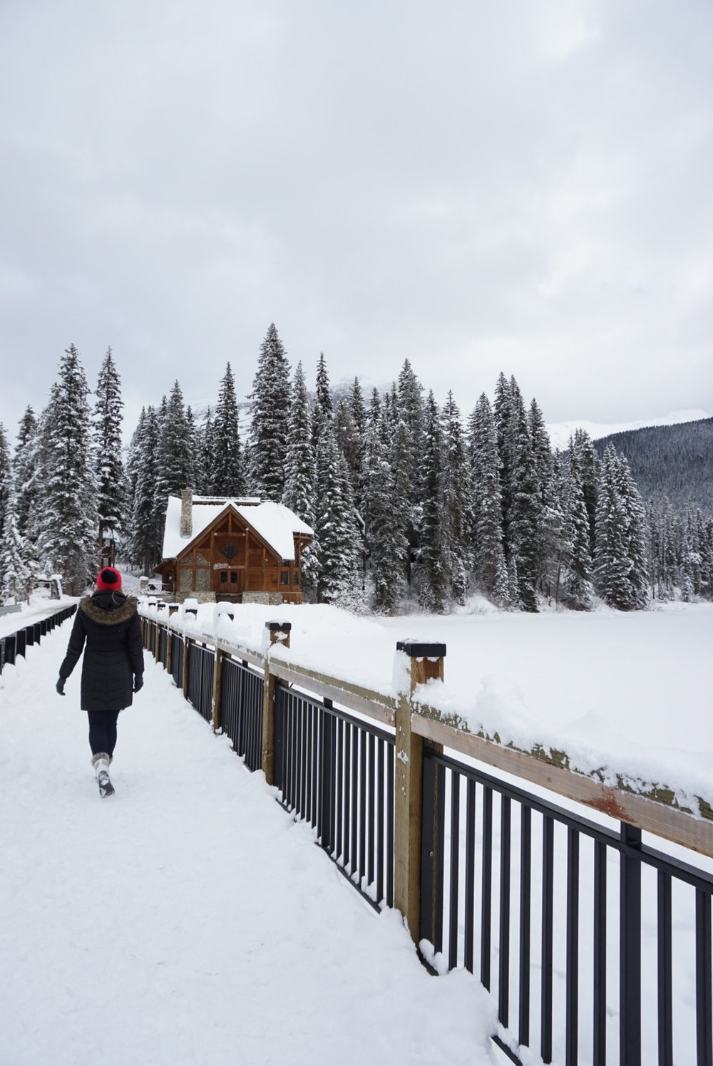 emerald lake lodge canada