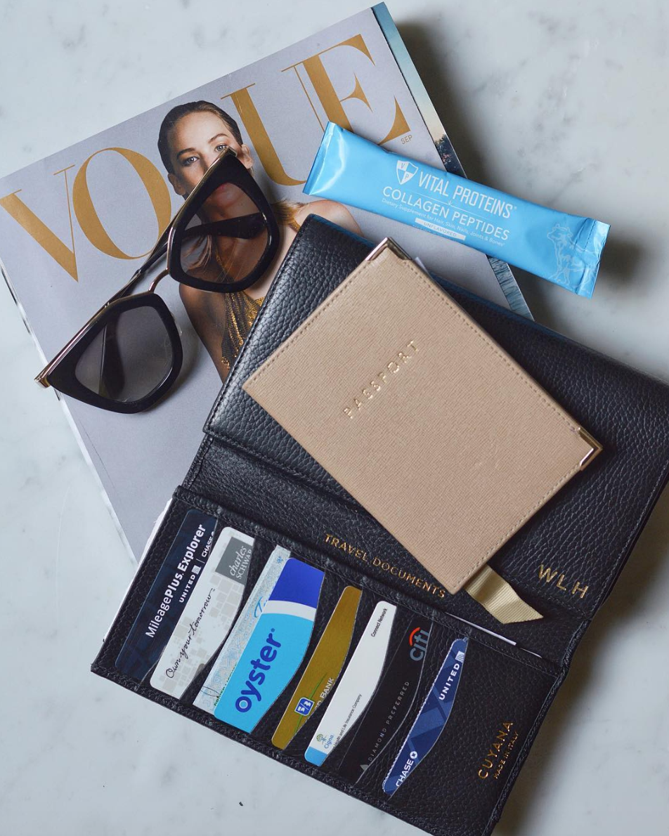 CUYANA TRAVEL WALLET