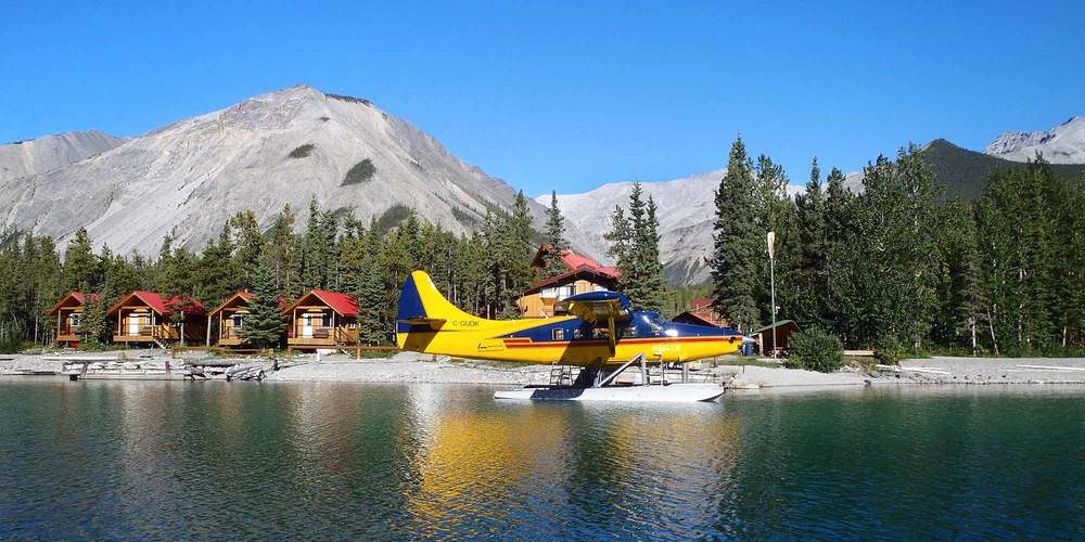 Discover the magic of Muncho Lake