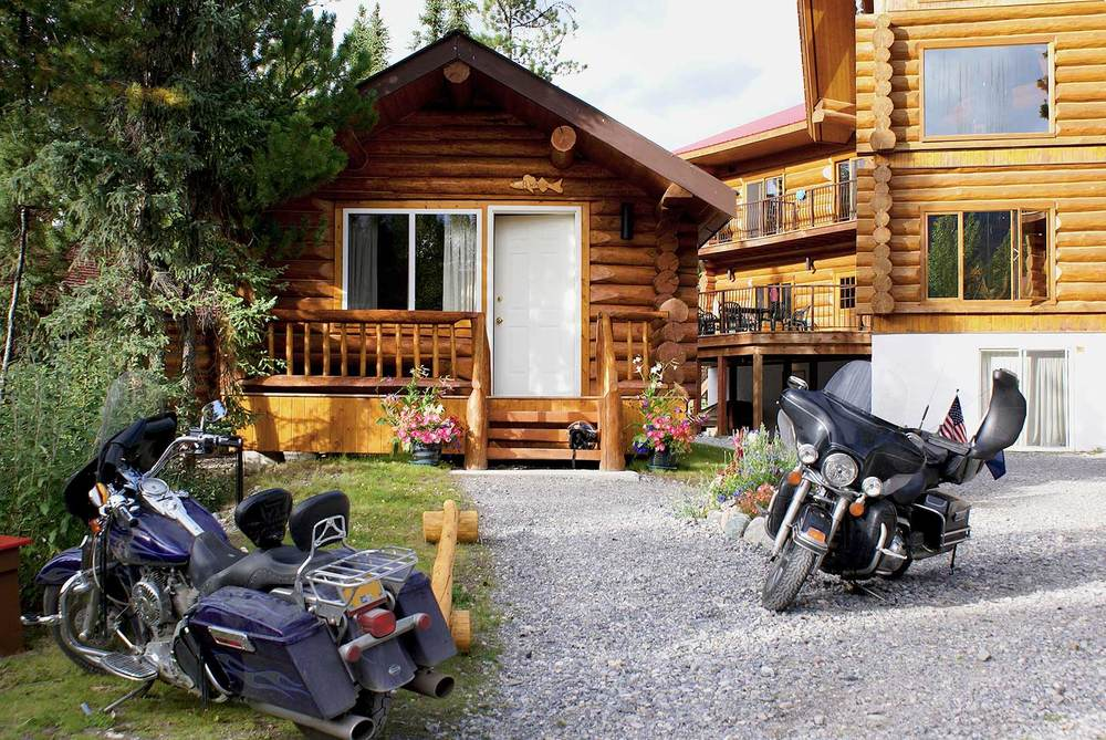cozy-cabin-front.jpg