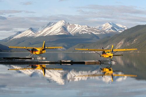 float_plane_muncho_lake.jpg
