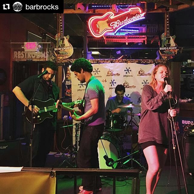@thegoahead  @ Dizzy Rooster!  #sxsw #sxnemesis #barbrocksnemesis #thatswhatbarbsaid #nemesisroster #youcantfakeawesome #atx #citabriamusic #thegoahead #sitkittysit #eyesontheshore #lucasgordon #uglywhalefest