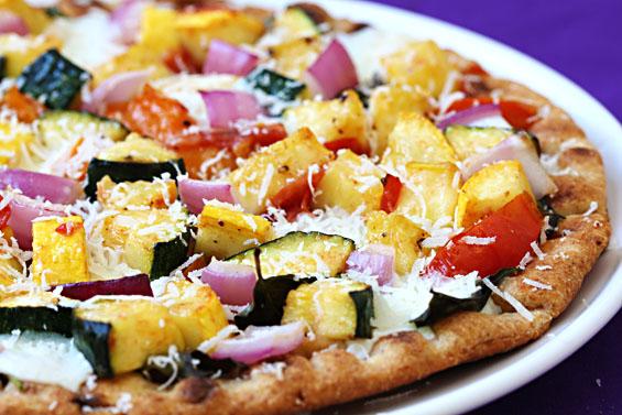 http://www.gimmesomeoven.com/flatbread-veggie-lovers-pizza/