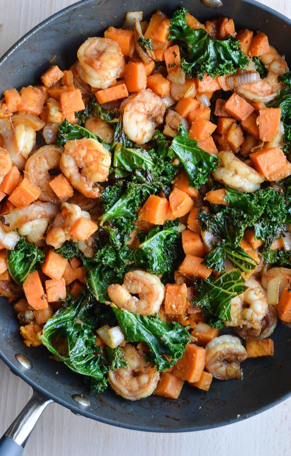 from http://rachelschultz.com/2015/02/25/shrimp-spicy-kale-sweet-potato-stir-fry/