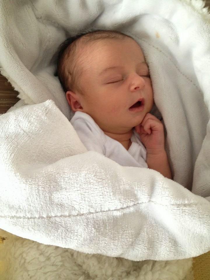 the not so glamorous newborn days