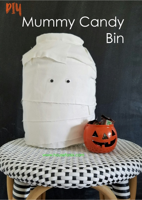 Super easy Mummy Candy bin -  fun way to greet trick-or-treaters!