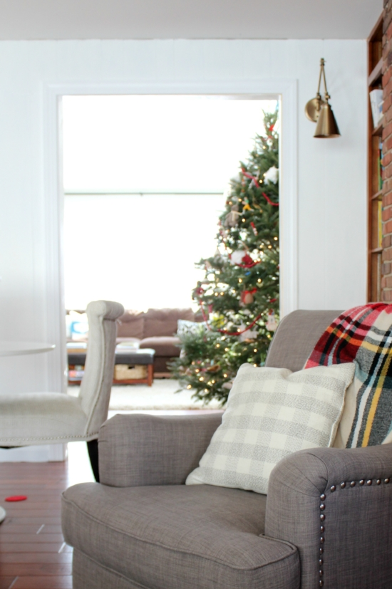 simple holiday decor in the family room