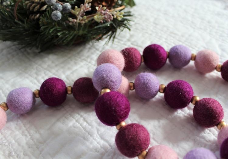 Advent felt ball garland