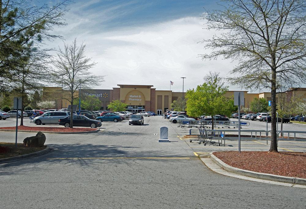 """""""Walmart, Avondale, GA. Over 150 Souls 33.7715 -84.2671"""""""