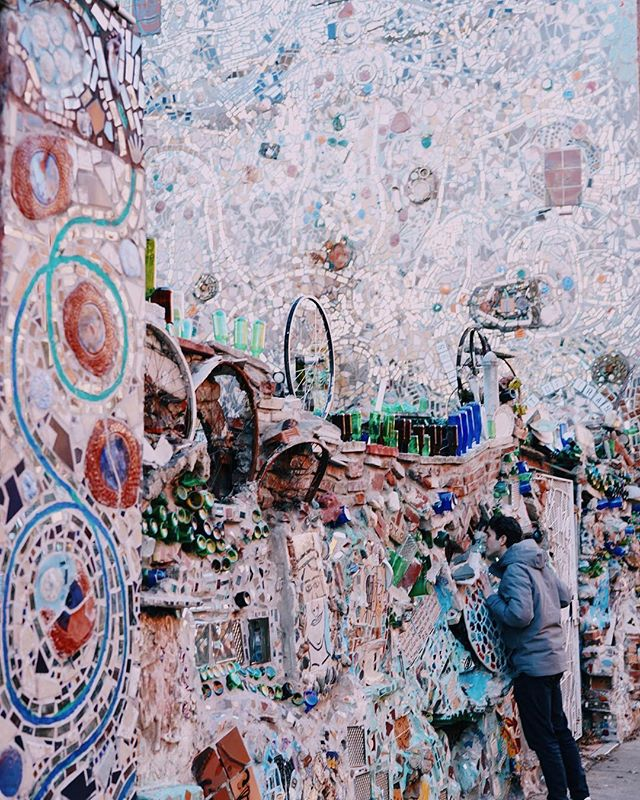 """Give me a shoutout if the Philadelphia Magic Gardens stun you as much as they stun me! . """"Within the walls of this fantasy, you experience a dream come to life"""" @theodysseyonline"""