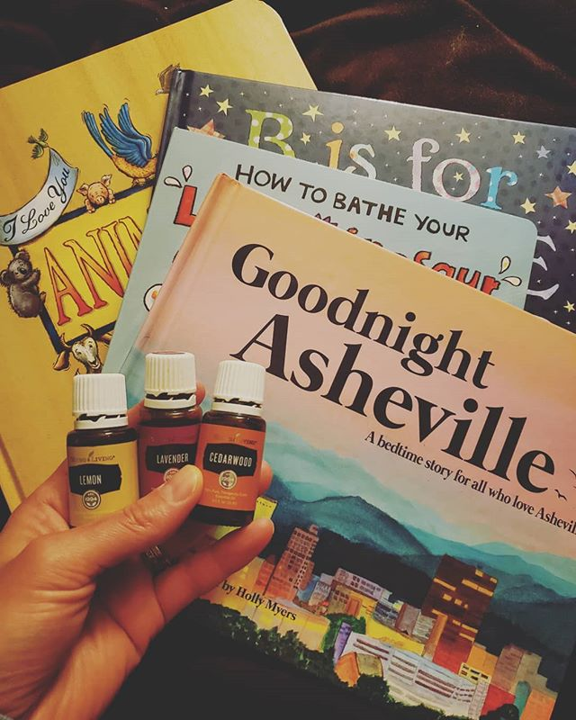 Bedtime routine is our favorite routine. The snuggles, the books and the sleepy diffuser blends. Such a calming way to end the day !