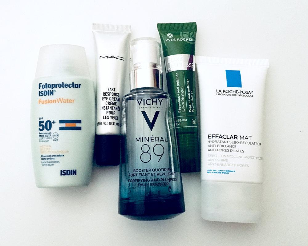 todos os produtos em grupo aqui: effaclar, mineral 89, agua micelar, pure/primark, eye cream M.A.C. e ISDIN protector