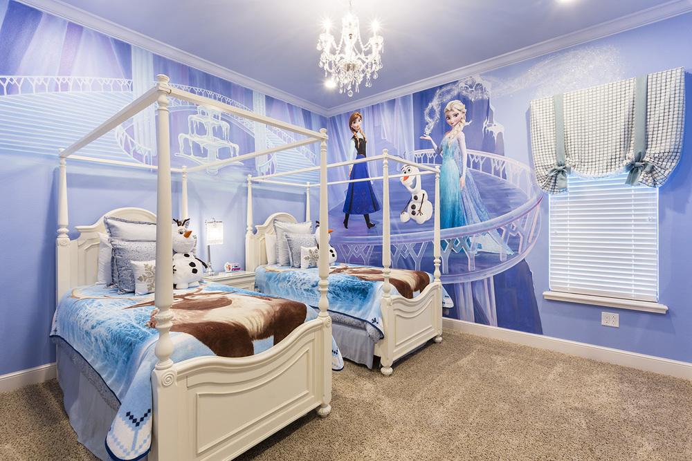 Master Bed 8-1.jpg