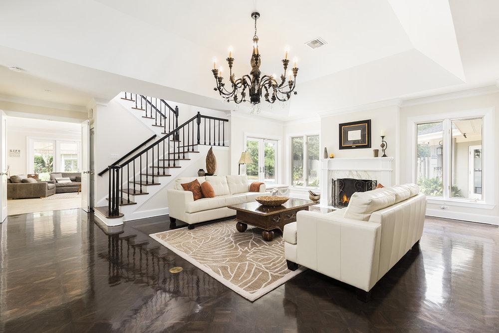 1641VT_Living Room-2.jpg