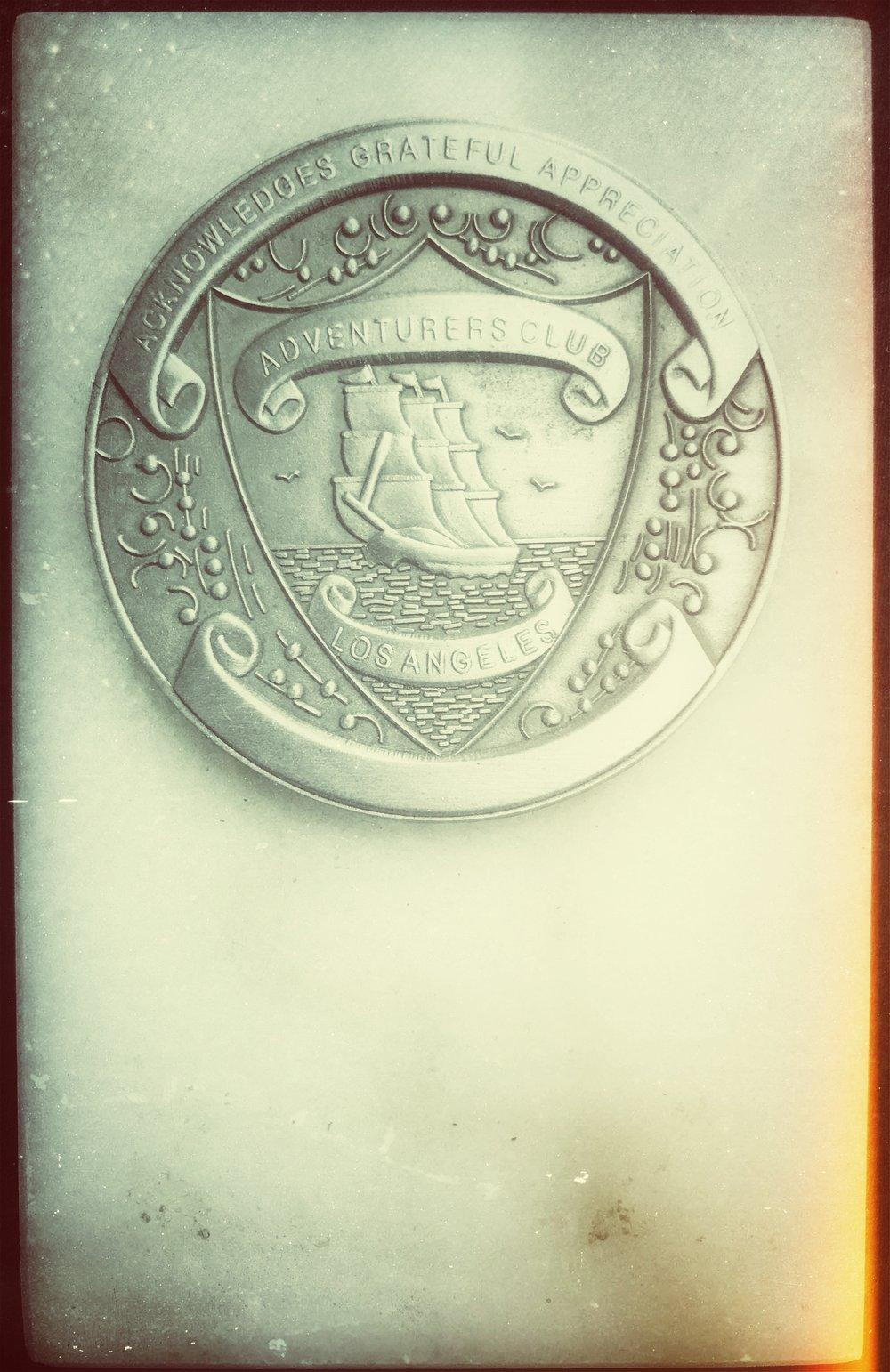 plaque adventurers club .jpg