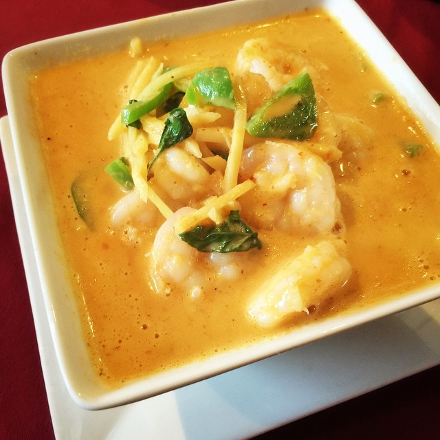 Kansas City Royals is playing tonight! Snack on some Thai food while watching the game! Call us and place your order now! 913-402-8424 #kcroyals #kansascityroyals #waiwai #waiwaitp #overlandpark #kansas #ks #kansascity #kc #foodkc #foodporn #instakc #instafood #thai #thaifood #curry