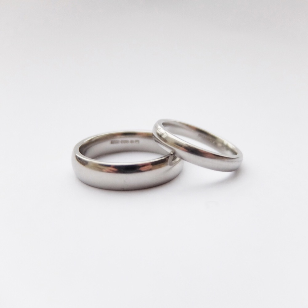 contemporary handmade plain wedding band court made in uk devon exeter jasmine bowden platinum palladium.jpg